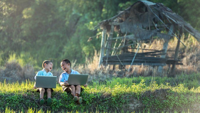 Enfants Jardinage